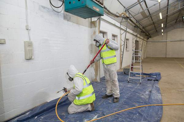 Spray painting saves time on decorating jobs